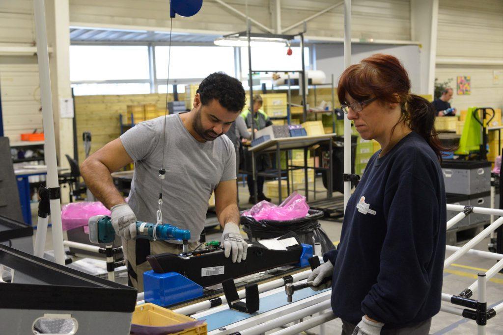 ESAT de SOULTZ, handicap, adultes travailleurs handicaps, montage de pieces,